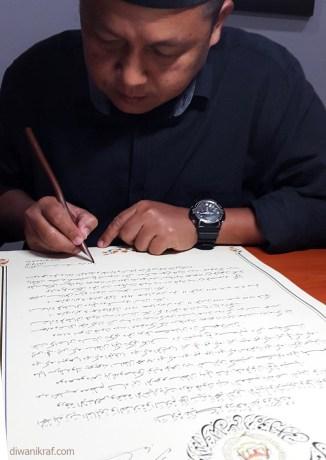 penulis-watikah-agong-xv