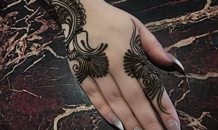 Beautiful Back Hand Latest Simple Arabic Mehndi Designs 2020 For Daily Use