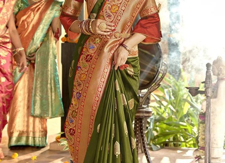 New Latest Indian Dulhan Silk Saree Designs 2020 For Barat Event