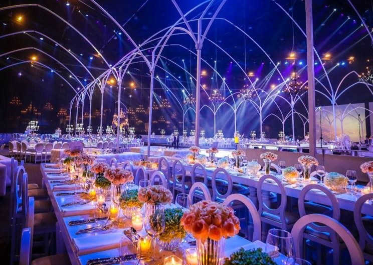 Romantic Candle Lights Wedding Decoration Theme 2020 Pretty Wedding Hall Decorating Ideas
