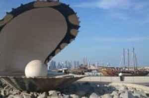 Auster mit Perle - Brunnen in Doha, Katar