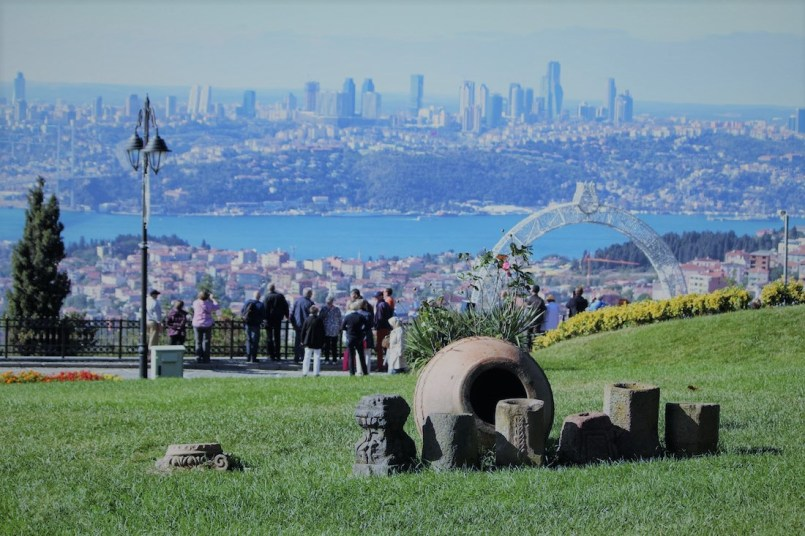 green hills of istanbul