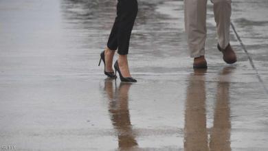 "Photo of ""حذاء ميلانيا"" يثير عاصفة وسط إعصار هارفي"