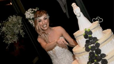 Photo of إيطالية تتزوج نفسها وتقيم حفلا صاخبا!
