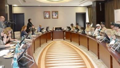 Photo of شرطة دبي تعلن إيقاف تقديم 5 خدمات يدوياً وتحويلها إلى ذكية