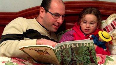 Photo of خبراء: ست فوائد لحكايات قبل النوم للأطفال