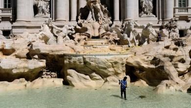 Photo of بلدية روما تضع يدها على النقود المرمية في نافورة شهيرة