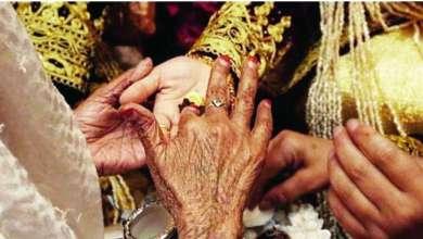 Photo of زواج صينيين بجزائريات يثير قلقاً