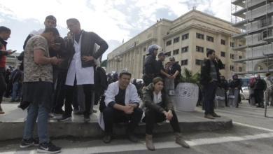 Photo of الجزائر تتأهّب أمنياً لإضراب 14 نقابة مهنية