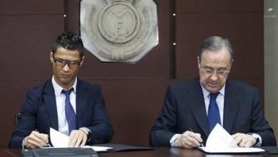 "Photo of رونالدو ""يفتح النار"" على رئيس نادي ريال مدريد"