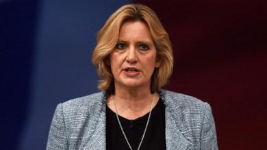 """Photo of وزيرة داخلية بريطانيا تستقيل لتضليلها البرلمان """"دون قصد"""""""
