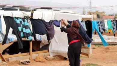 "Photo of أغنية ""عنصرية"" تسخر من تكاثر اللاجئين السوريين في لبنان"