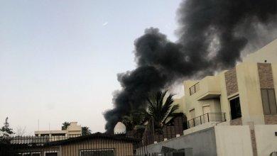 Photo of ١٩ فرقة إطفاء وإنقاذ تكافح حريقاً متطوراً بجدة