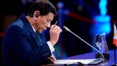 Photo of الرئيس الفلبيني يلغي حظر إرسال عمالة إلى الكويت
