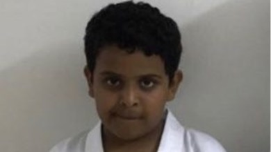 Photo of السعودية.. العثور على طفل خميس حرب مقتولا عند باب مسجد