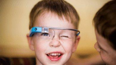 Photo of نظارة غوغل قد تساعد الأطفال المصابين بالتوحد على قراءة تعابير الوجوه