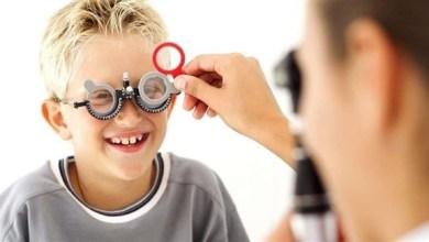 Photo of هذه الأعراض تنذر بمشاكل البصر لدى الأطفال