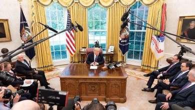"""Photo of ترامب يحذر """"غوغل"""" و""""فيسبوك"""" و""""تويتر"""""""