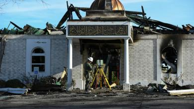 Photo of محكمة تعاقب أميركياً أحرق مسجداً بتكساس