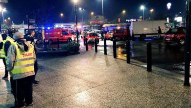 Photo of رجل يهدد بتفجير قنبلة يدوية غرب فرنسا