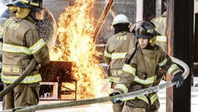 Photo of بالصور.. أول سعوديتين تعملان في إطفاء الحرائق