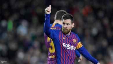 Photo of ميسي يسجل هدفه رقم 400 في الدوري الإسباني