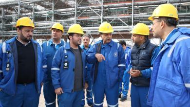 Photo of هاشم هاشم يتفقد المشاريع النفطية شمال الكويت