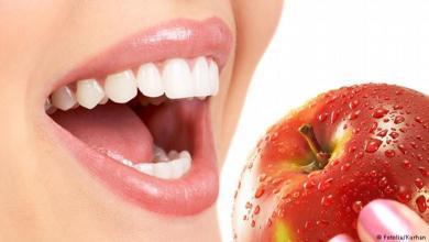 Photo of أشهر 7 معلومات خاطئة عن تنظيف الأسنان