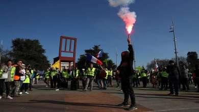 Photo of تواصل احتجاجات السترات الصفراء في فرنسا للسبت الـ15