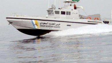 Photo of حرس الحدود ينقذ مواطناً كويتياً تعطل قاربه في المياه الإقليمية السعودية