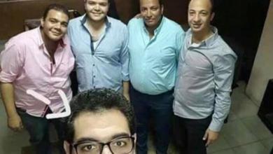 Photo of سيلفي يجمع ضابطين قتلا بهجومين منفصلين خلال 48 ساعة بمصر