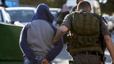 """Photo of 45 أسيراً فلسطينياً بسجون """"إسرائيل"""" يقررون الإضراب عن الطعام"""