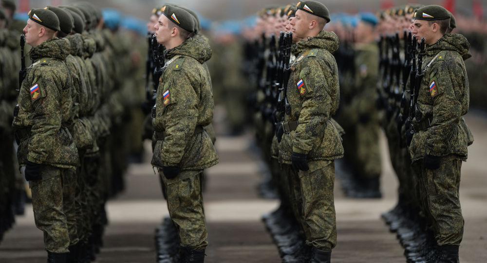 عملية إنزال للجنود الروس على الحدود المصرية لمحاربة الإرهاب
