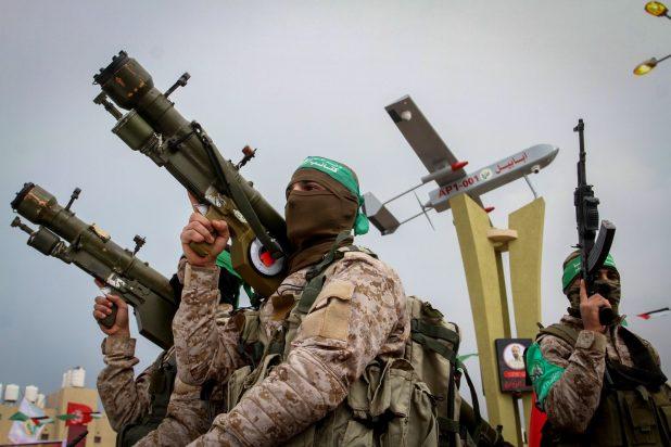"""إسرائيل: """"حماس"""" تحاول أن تخدع العالم بوثيقتها الجديدة"""