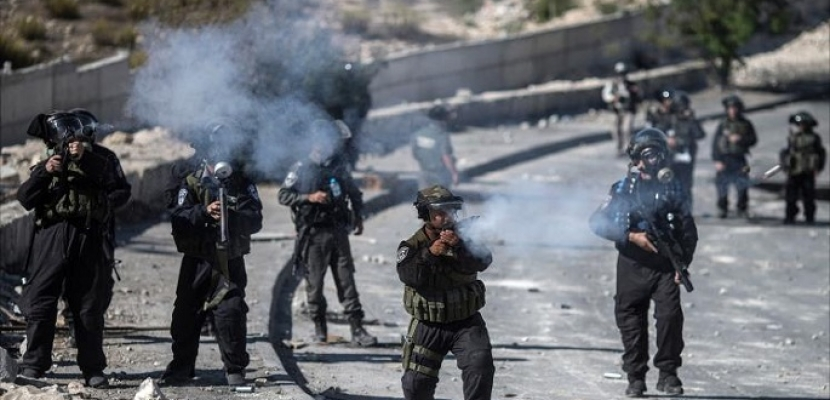 جيش الاحتلال يقوم بنصب حواجز عسكرية عشوائية في الضفة