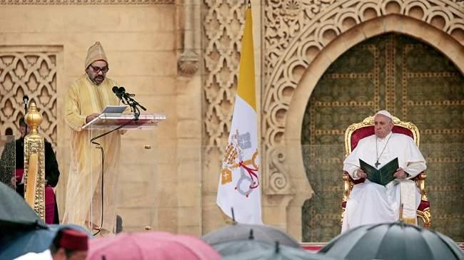 بأربع لغات..هذا هو الخطاب الذي ألقاه الملك محمد السادس بحضور البابا فرانسيس