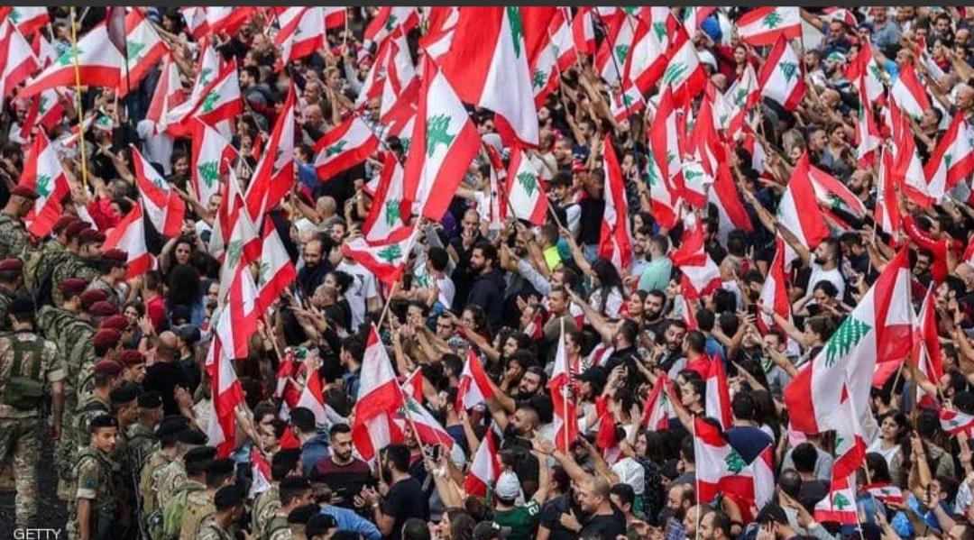 قوات الأمن اللبنانية تشتبك مع محتجين قبل تصويت البرلمان على الثقة بالحكومة