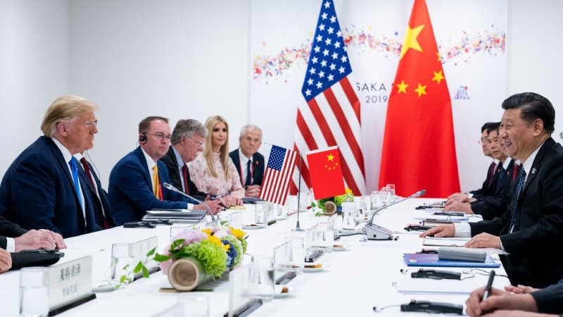 """""""نيويورك تايمز"""": تصاعد الحرب الباردة بين الصين والولايات المتحدة"""