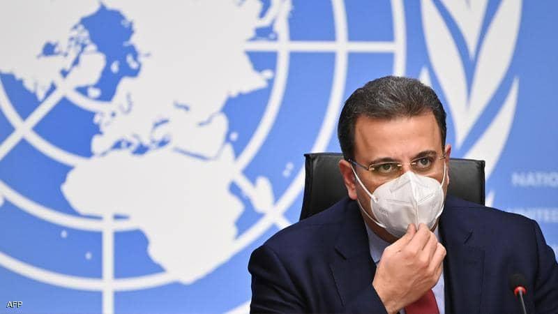 """""""لا يمكن أن نستمر هكذا"""".. محادثات """"مخيبة"""" حول دستور سوريا"""