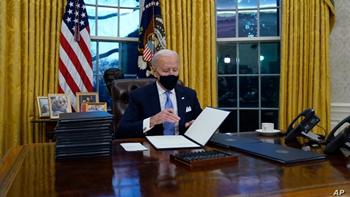 البيت الأبيض: لا نخطط لرفع العقوبات عن إيران