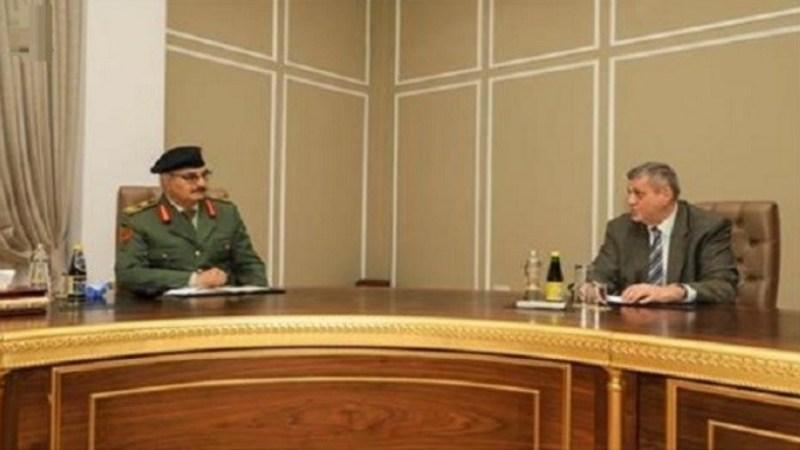 المبعوث الأممي إلى ليبيا يلتقي بخليفة حفتر في بنغازي