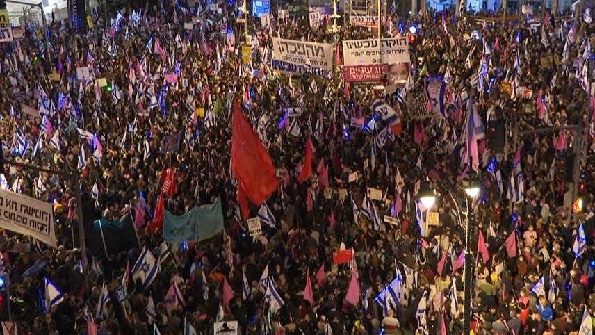 أكبر مشاركة في التظاهرة الأخيرة ضد نتنياهو قبل الانتخابات