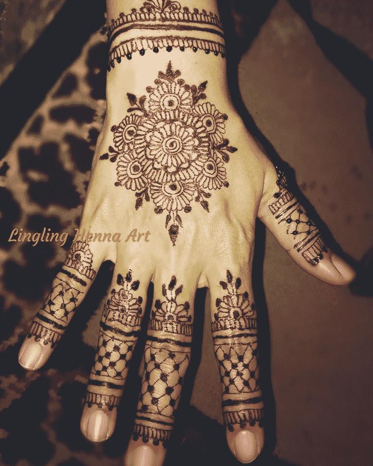 Adorable Actor Henna Design