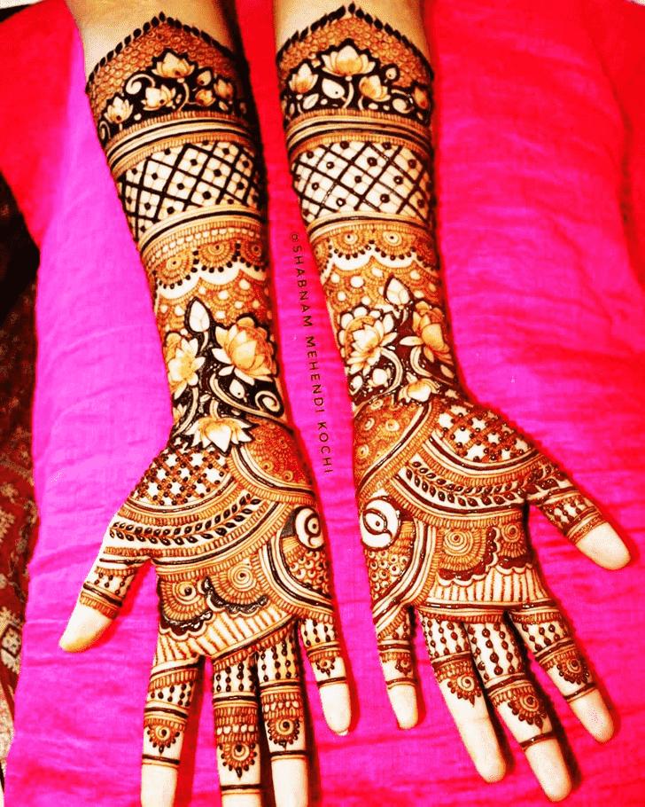 Adorable Actress Henna design