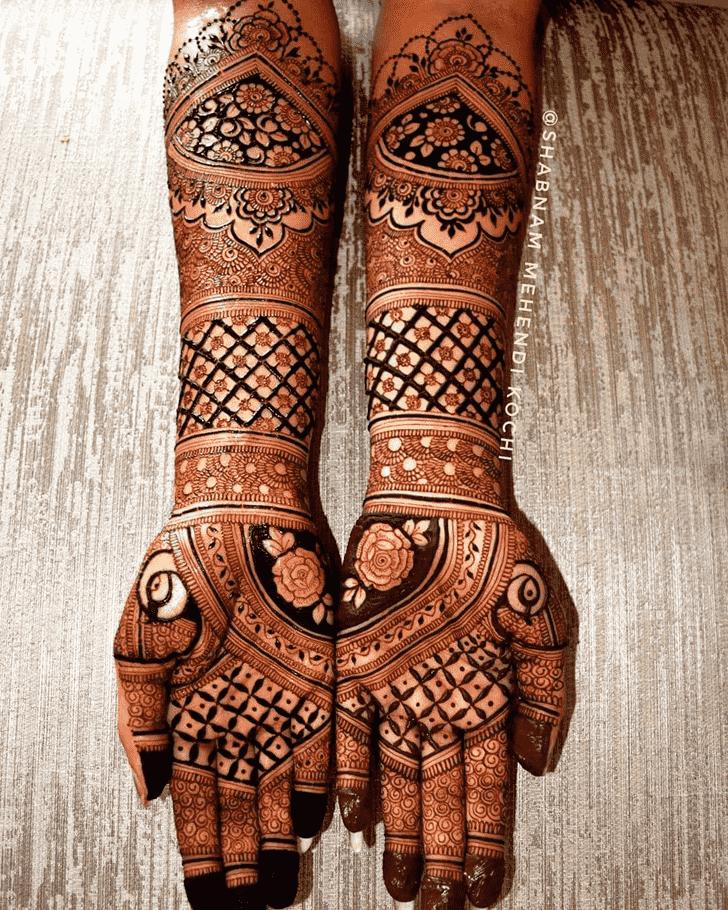 Charming Actress Henna design