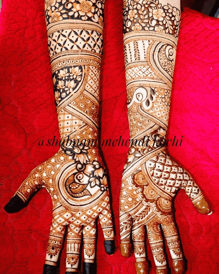 Classy Actress Henna design