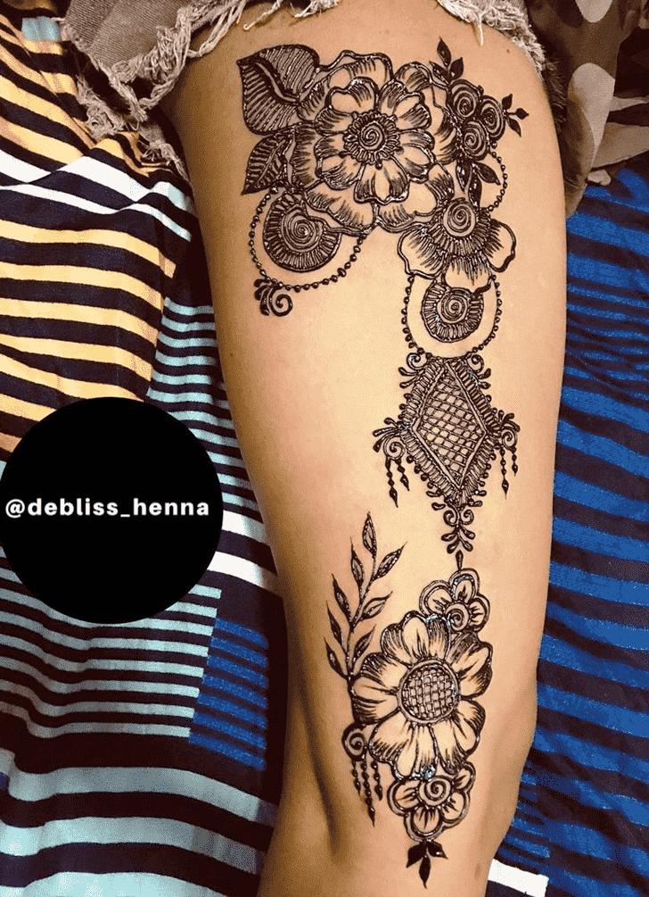 Beauteous Adorable Henna design