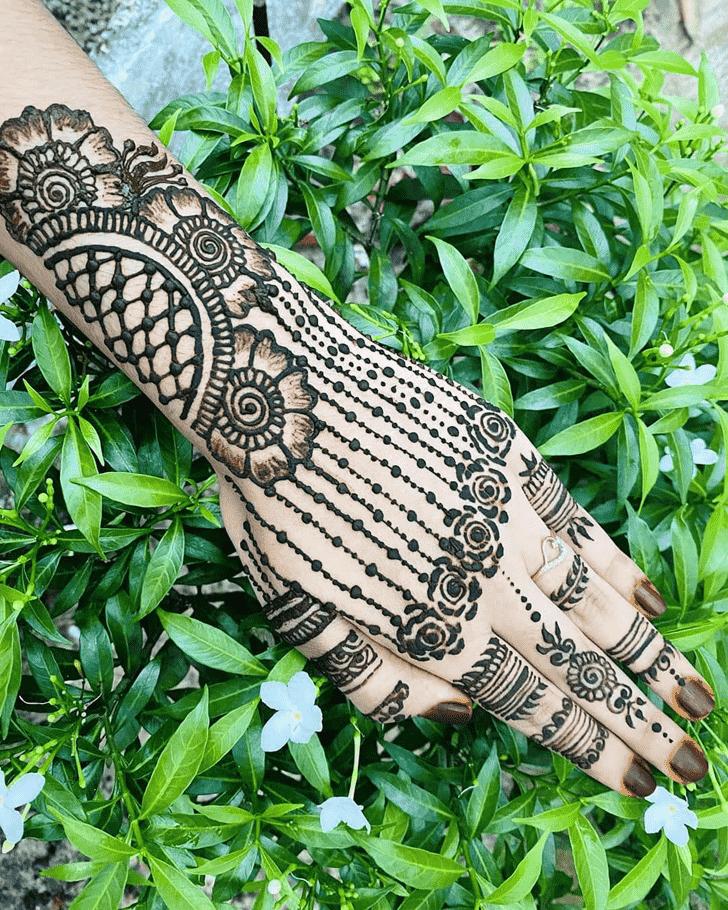 Dazzling Adorable Henna design