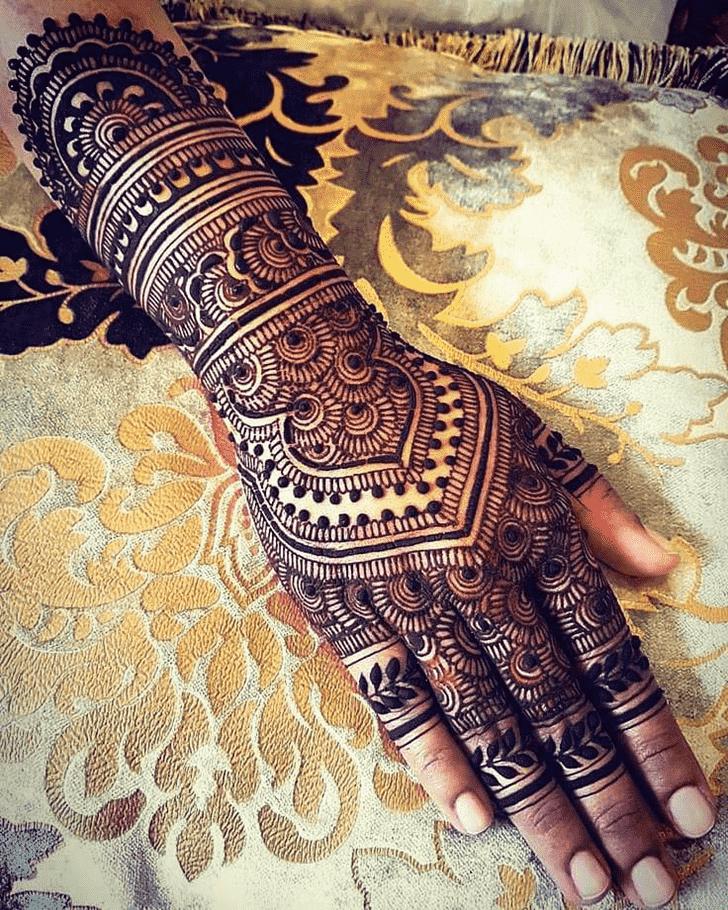 Ideal Adorable Henna design
