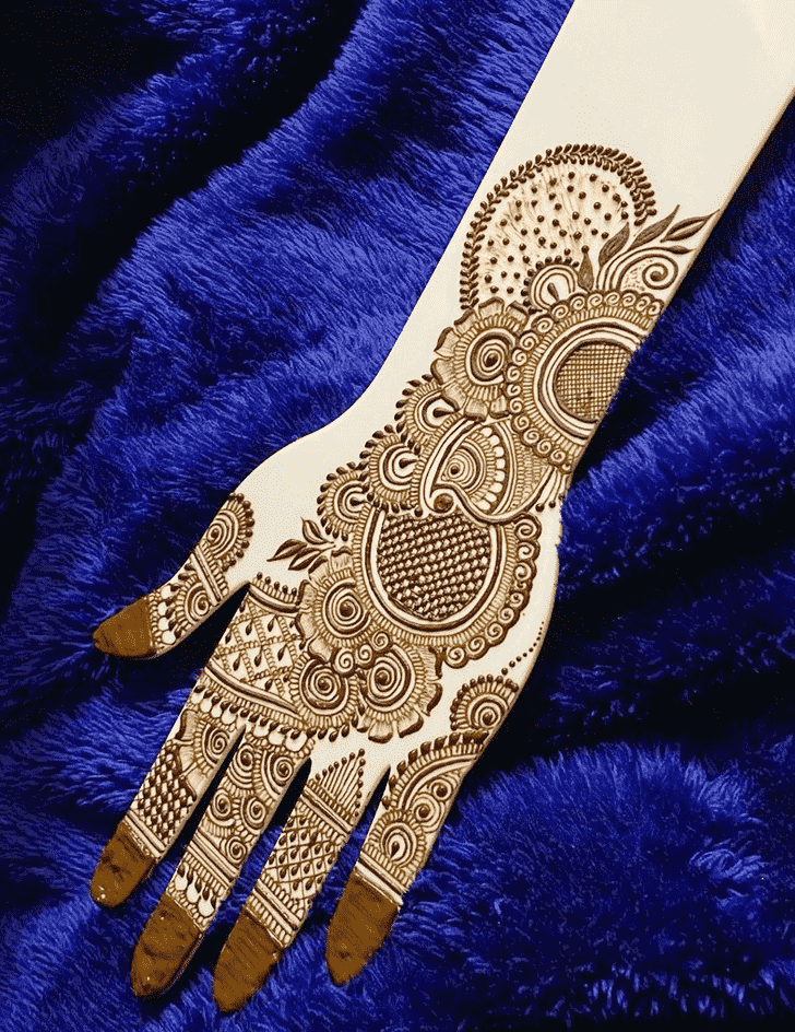Inviting Adorable Henna design